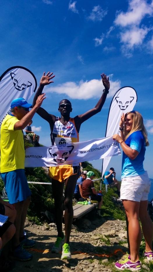 Der Kenianer Isaac Kosgei gewinnt das Rennen überraschend